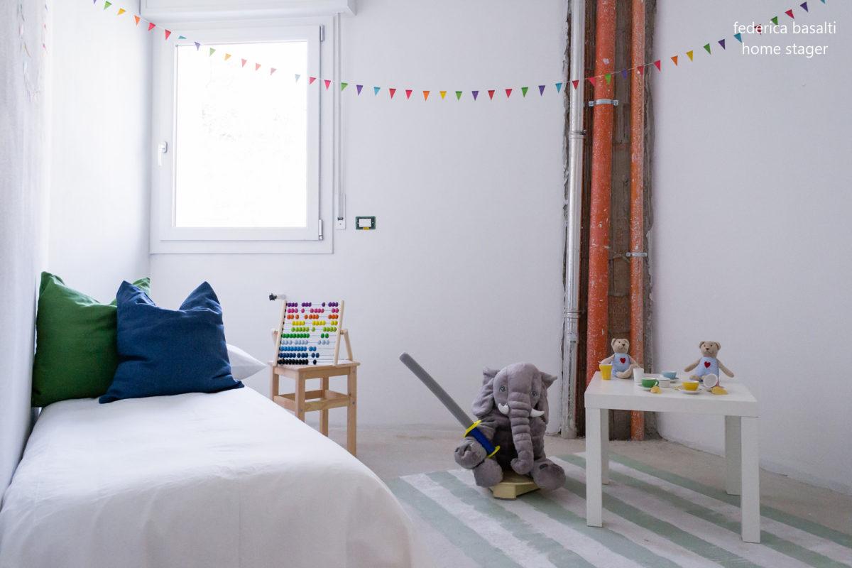 Camera da letto bambino dopo home staging