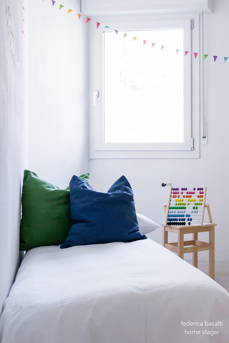 Home staging - camera da letto bimbo foto frontale