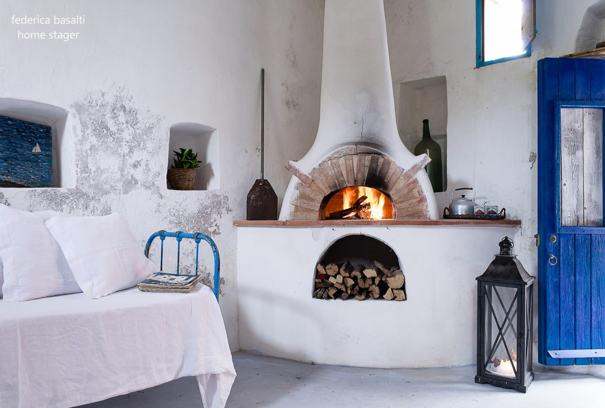 Camino in casa vacanze Alicudi - Home Stager Federica Basalti