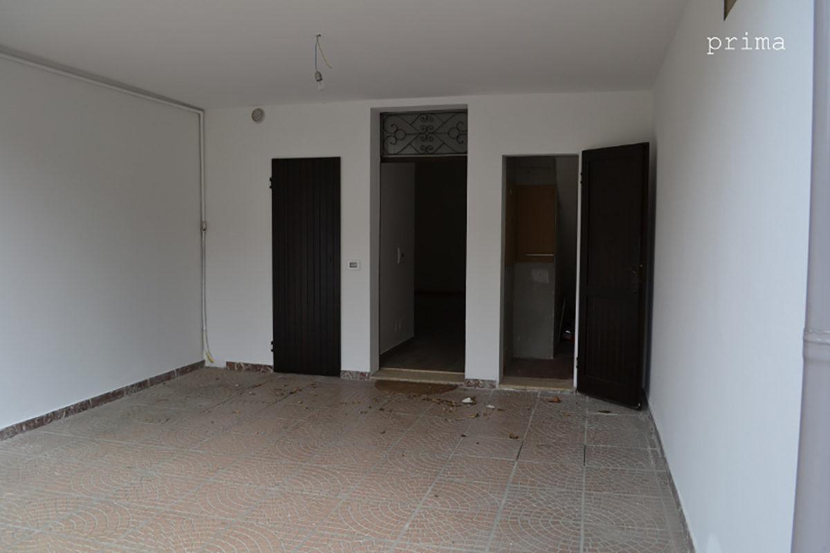 esterno casa vuota - prima di home staging